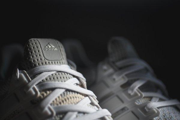 basket Adidas Wmns Ultra Boost grise et blanche pour femme (13)