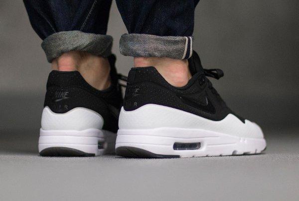 basket Nike Air Max 1 Ultra Moire Split Black White pas cher (4)