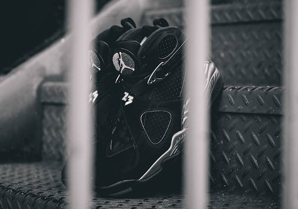 chaussure air jordan 8 retro black white light graphite (10)