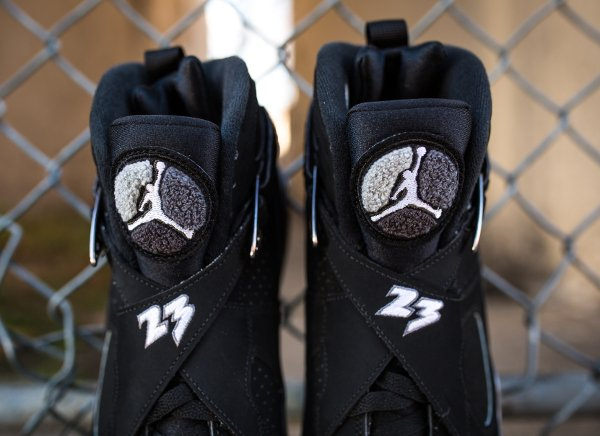 chaussure air jordan 8 retro black white light graphite (5)