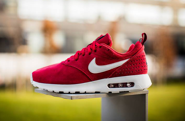 how to buy release info on low price sale Nike Air Max Tavas Leather Gym Red