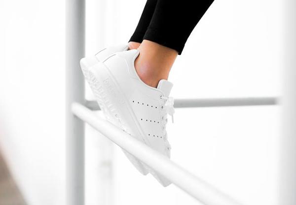 Adidas Stan Smith Triple White (blanche) pour femme (3)
