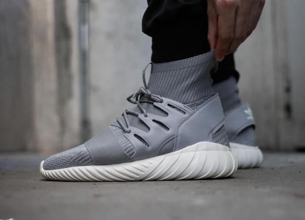 Adidas Tubular Doom Primeknit Solid Grey pas cher (2)
