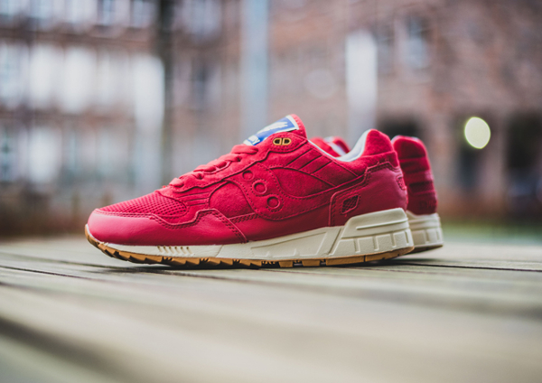 Bodega x Saucony Shadow 5000 Red Gum (1)