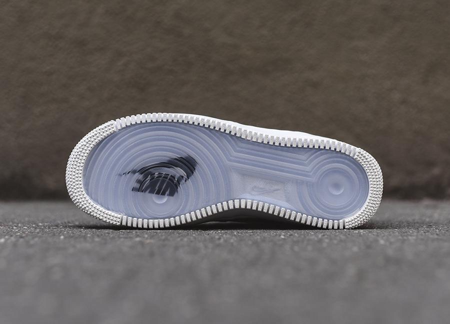 chaussure-nike-air-force-1-basse-cuir-premium-beige-7