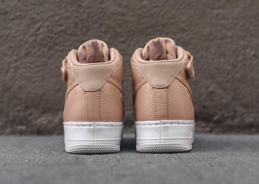 chaussure-nike-air-force-1-mi-montante-cuir-premium-beige-2