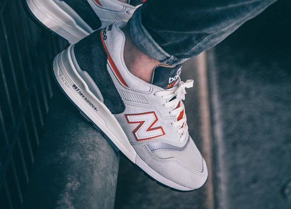 New Balance M997 CSEA Explore Sea Pack pas cher (2)