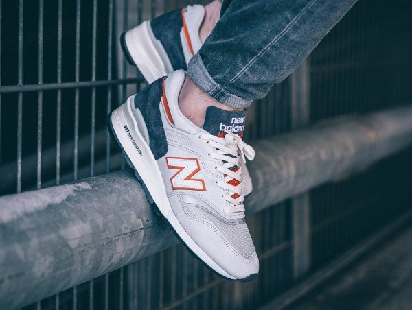 New Balance M997 CSEA Explore Sea Pack pas cher (4)
