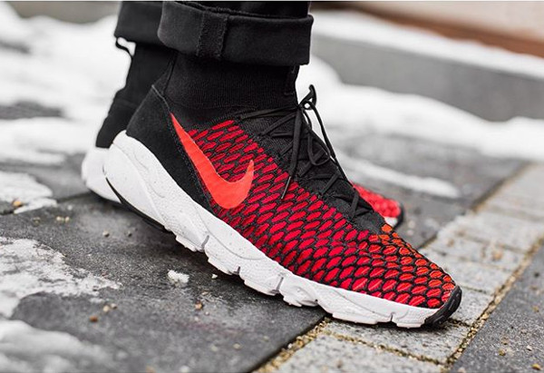 Nike Air Footscape Magista Flyknit Black Bright Crimson pas cher (3)