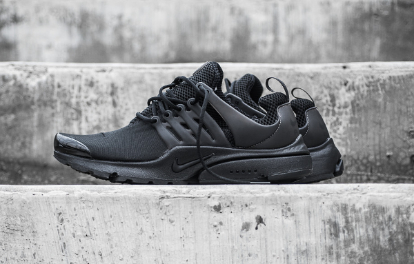 photos officielles ff56d 16f1a Nike Air Presto Noire (Triple Black)