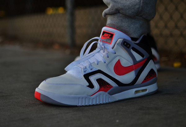Nike Air Tech Challenge 2 Agassi Hot Lava 2016 pas cher (2)