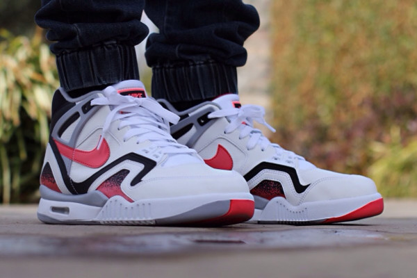 Nike Air Tech Challenge 2 Agassi Hot Lava 2016 pas cher (3)