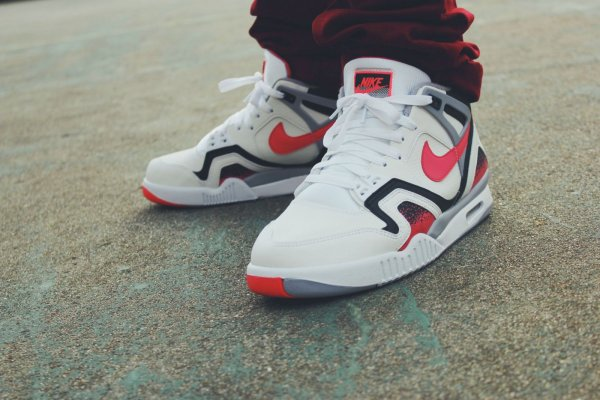 Nike Air Tech Challenge 2 Agassi Hot Lava 2016 pas cher (4)