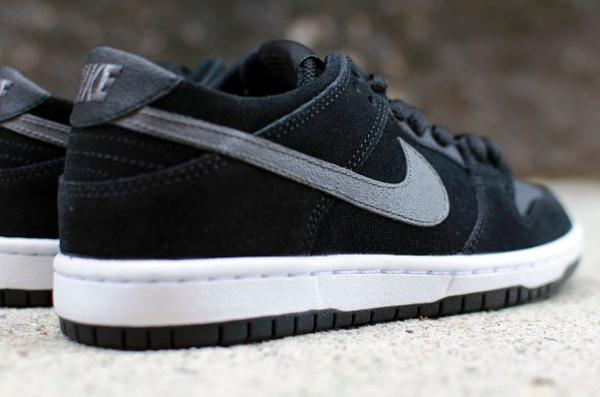 Nike Dunk Low Pro SB Ishod Wair Black Light Graphite (2)