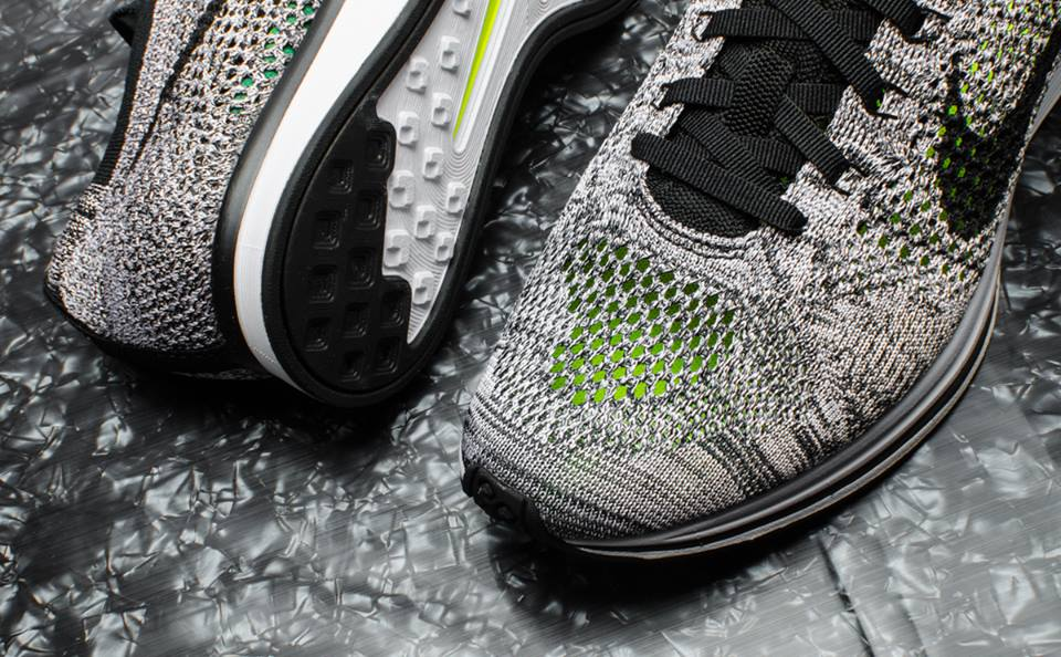 Nike Flyknit Racer Oreo 1.0 Retro 2016 (2)