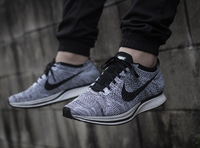 Nike Flyknit Racer Oreo Cookies & Cream pas cher (3)
