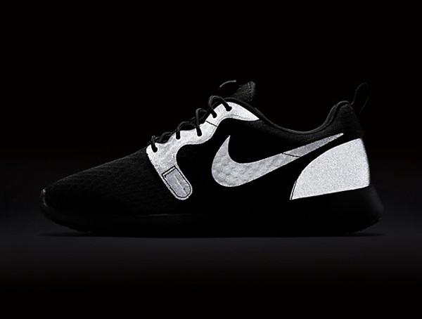 Nike Roshe One Hyperfuse noire Black pas cher (7)