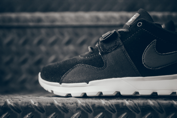 Nike SB Trainerendor Leather 'Black White'