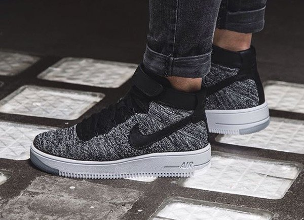 Nike Wmns Air Force 1 Ultra Flyknit Black White pas cher (femme) (1)