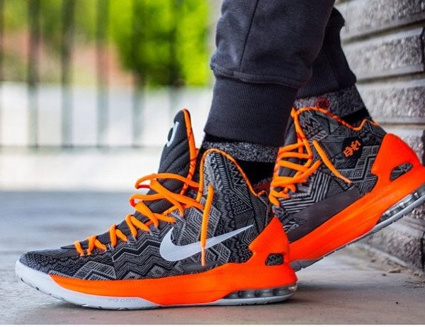 10 Nike KD 5 BHM - @police_nupe
