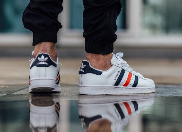 Adidas Superstar Foundation France homme pas cher. Photos : Titolo