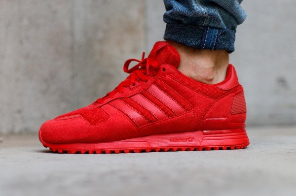 Adidas ZX 700 Triple Red pas cher (1)