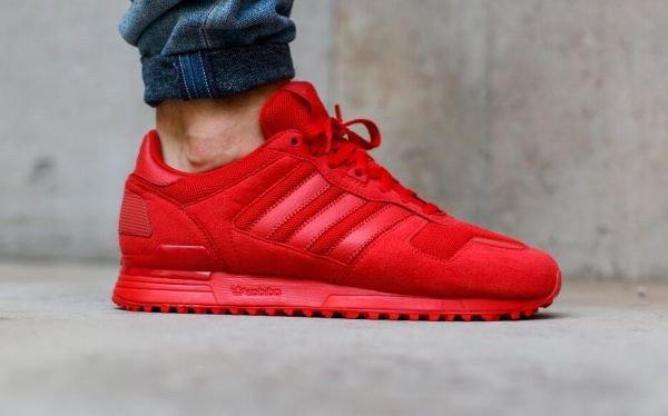 check out 3c724 af40e Où acheter la Adidas ZX 700 Rouge 'Triple Red' ?