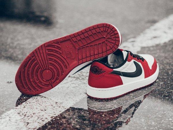 Air Jordan 1 Retro Low OG Varisity Red (3)