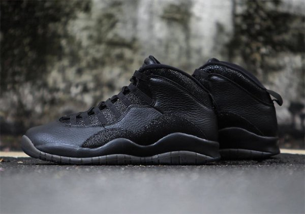 Air Jordan 10 Retro OVO Black Metallic Gold (3)