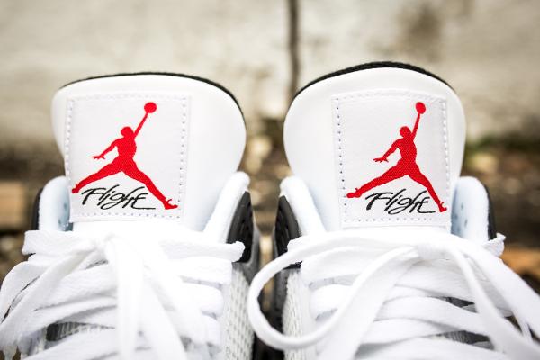 Où trouver la Air Jordan 4 White Cement 'Nike Air' 2016 ?