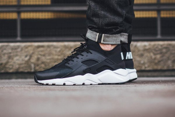 ... Nike Air Huarache Run Ultra Black White