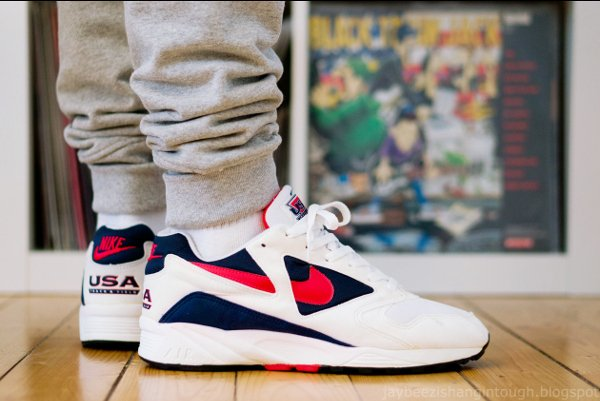 Nike Air Icarus USA Track & Field (1993) - @jaybeezishangintough (1)