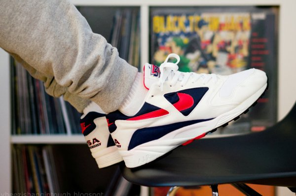 Nike Air Icarus USA Track & Field (1993) - @jaybeezishangintough