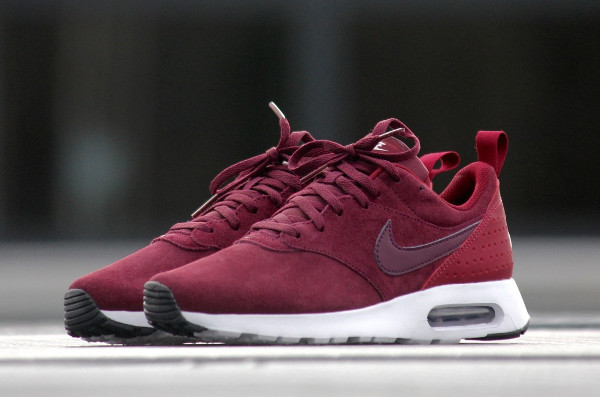 La Nike Air Max Tavas Leather Bordeaux : un bon cru