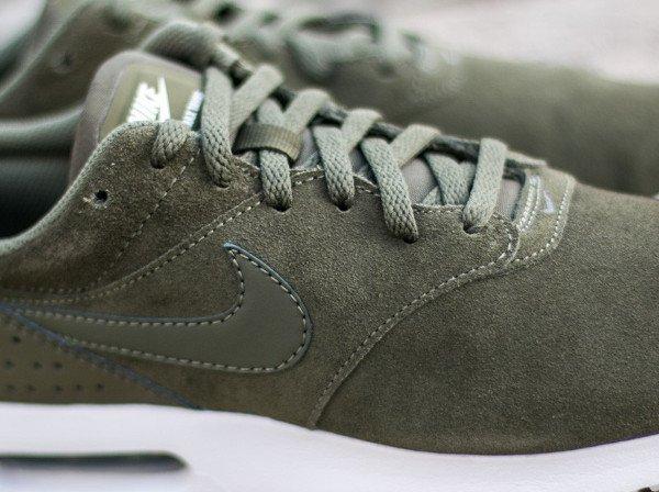 Nike Air Max Tavas Leather Medium Olive (8)