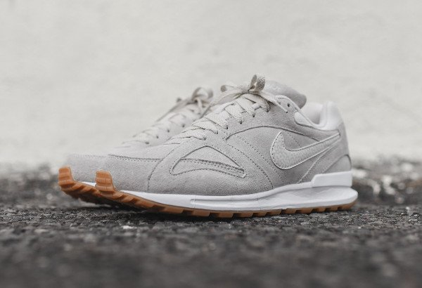 Nike Air Pegasus New Racer PRM Phantom White Gum (1)