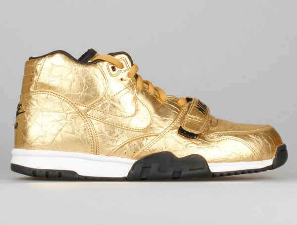 Nike Air Trainer 1 Mid PRM QS SB50 Metallic Gold (7)