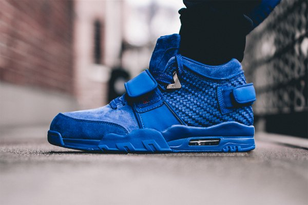 Nike Air Trainer V Cruz Rush Blue pas cher (1)