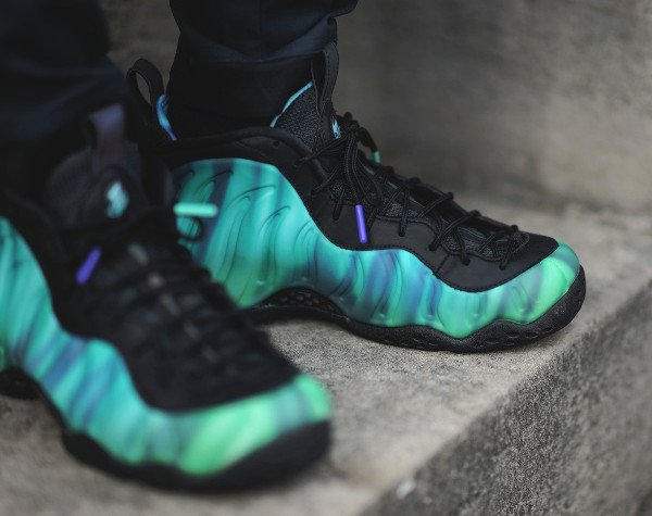 Nike Foamposite One Northern Lights pas cher (3)
