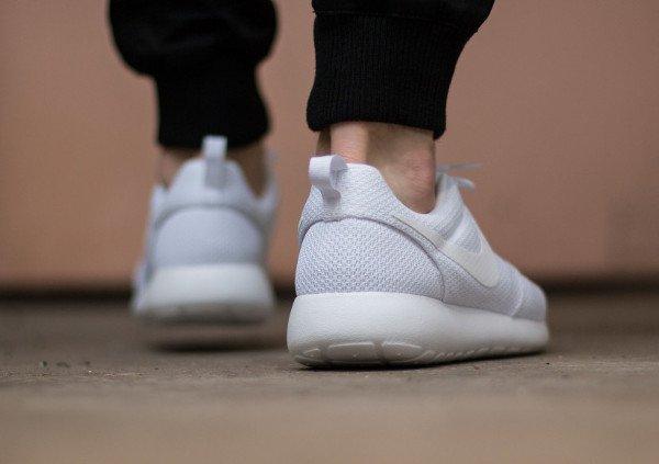 Nike Roshe One White homme (2)