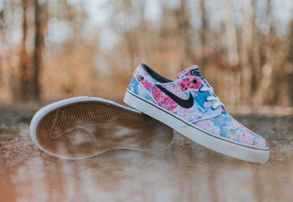 Nike SB Janoski Canvas Cherry Blossom Dynamic Pink pas cher (3)