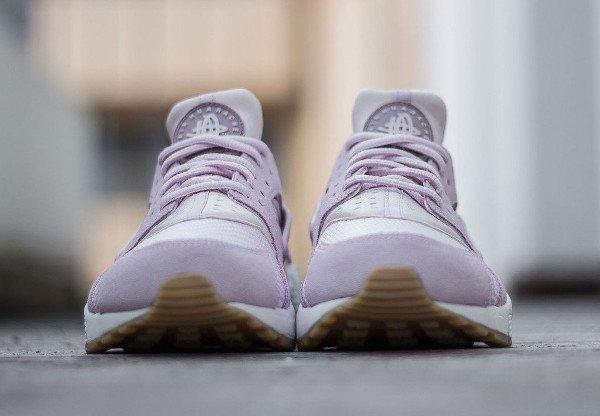 Nike Wmns Air Huarache Textile Bleached Lilac (2)
