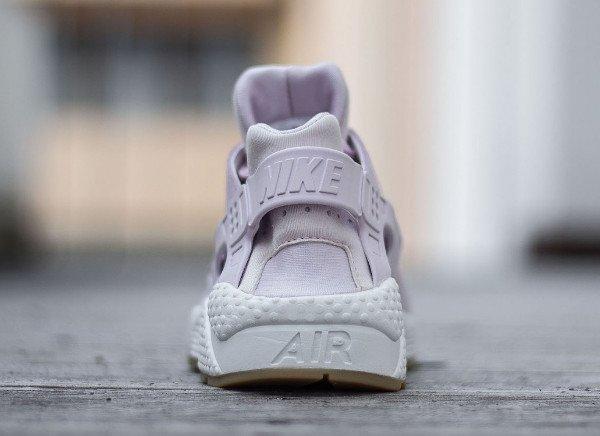 Nike Wmns Air Huarache Textile Bleached Lilac (5)