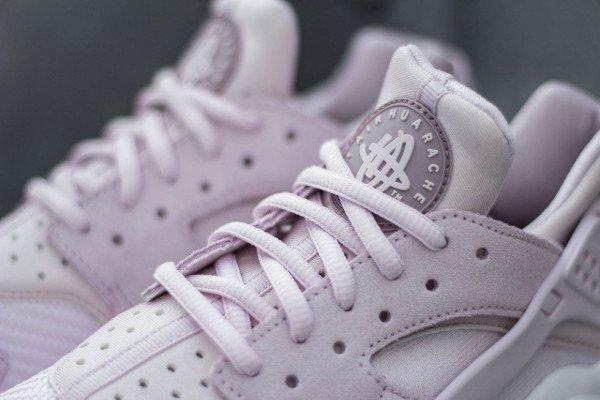 Nike Wmns Air Huarache Textile Bleached Lilac (6)