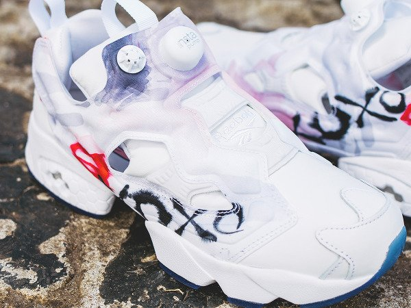 Reebok Insta Pump Fury T Celebrate Valentine Day s (1)