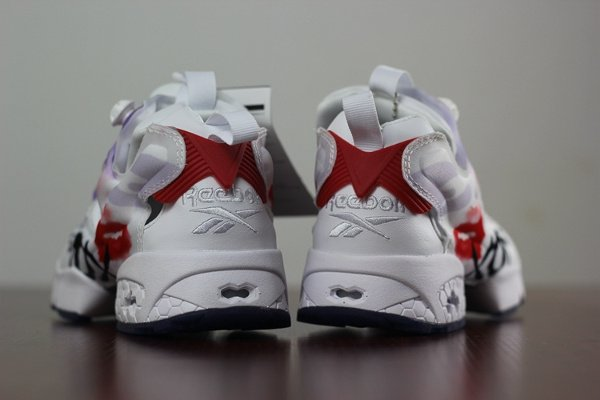 Reebok Insta Pump Fury T Celebrate Valentine Day s (3-1)