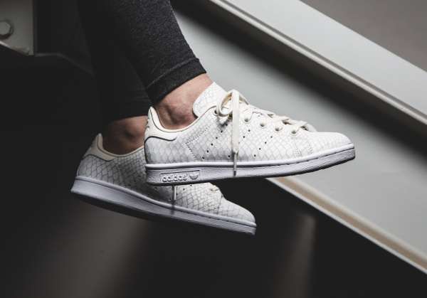 stan smith snake blanche femme