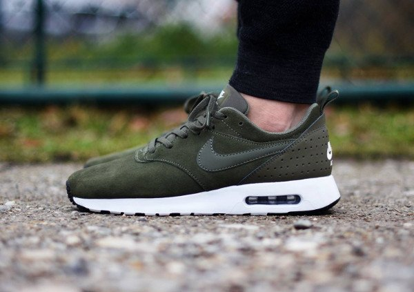 acheter Nike Air Max Tavas Leather Medium Olive pas cher (2)
