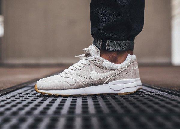 acheter Nike Air Odyssey PRM Phantom White Gum pas cher (0)