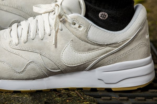 acheter Nike Air Odyssey PRM Phantom White Gum pas cher (3)